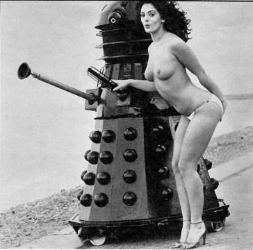 Topless_Dalek-1