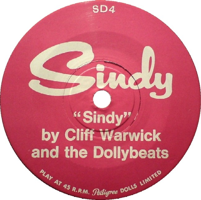 sindy-meets-the-dolly-beats-3