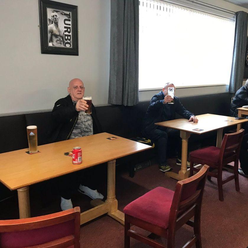 greene-king-social-distanced-pub