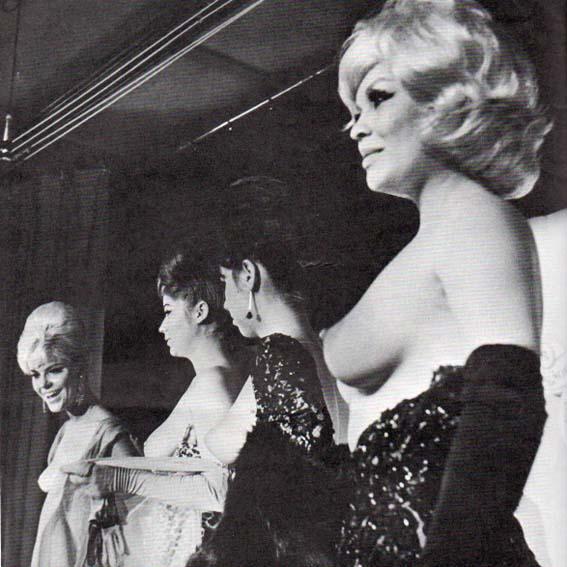topless-dress-catwalk
