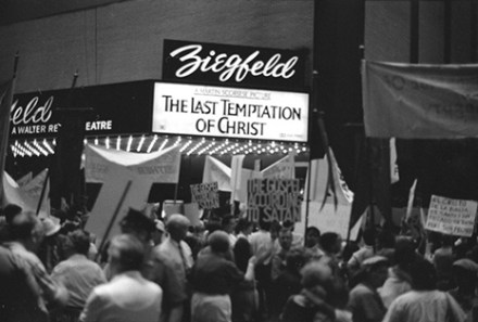 last-temptation-of-christ-protesters-2