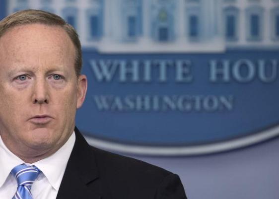 Sam spicer, renuncia, Casa Blanca
