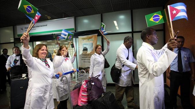 Resultado de imagem para Centenas de médicos cubanos tentam se libertar de Havana e continuar no Brasil