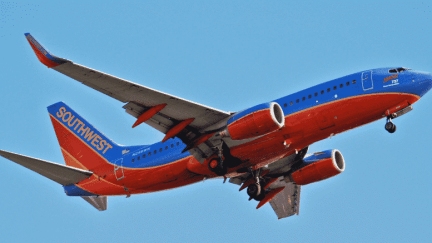 Southwest Airlines' jet in flight | Wikimedia Commons, Aero Icarus