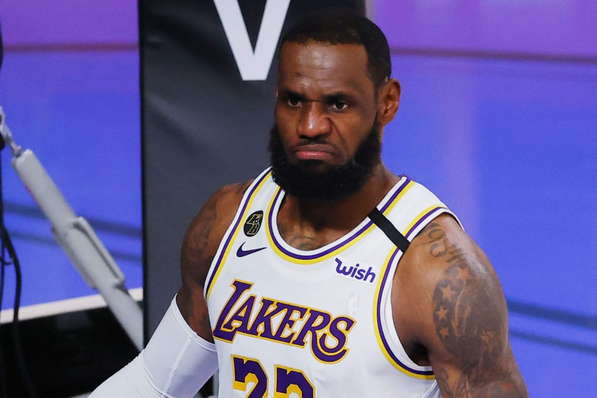 Ohio Bar Bans NBA Games Until LeBron James 'Expelled' From League After Targeting Cop; James Fires Back