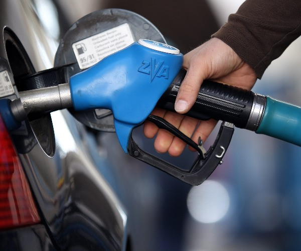 US Waives Environmental Rule to Ease Fuel Shortages in 12 States