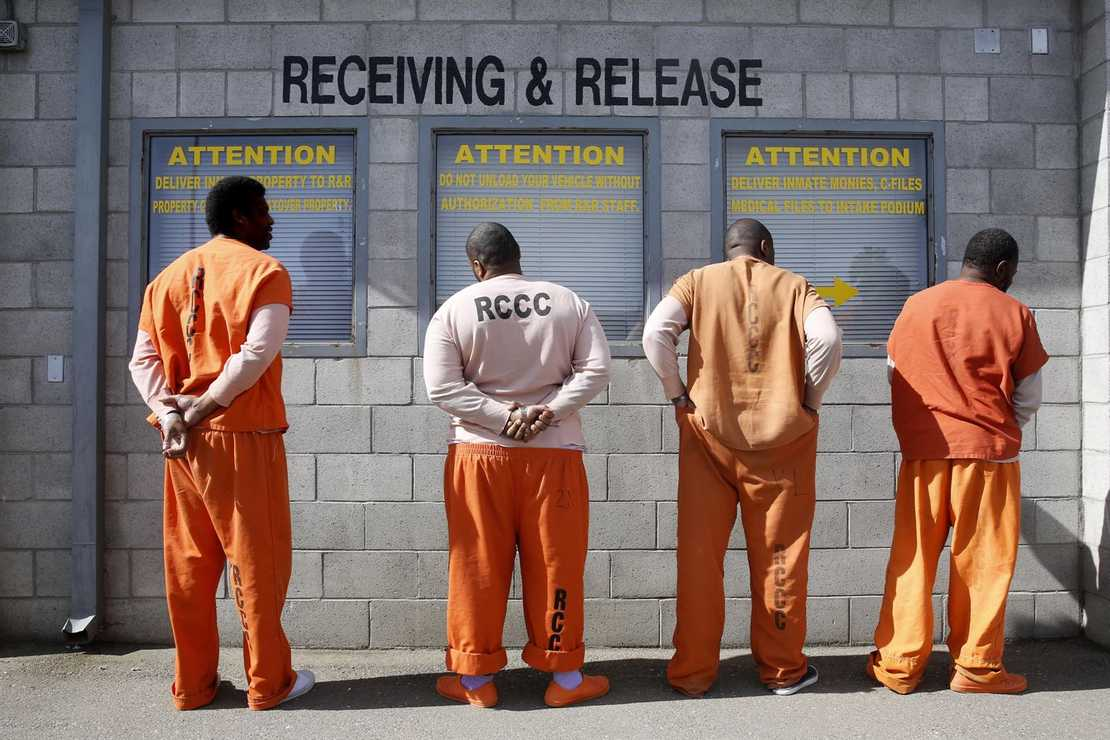 California Granting Early Release to 76K Inmates — Including Some Pretty Nasty Dudes – RedState