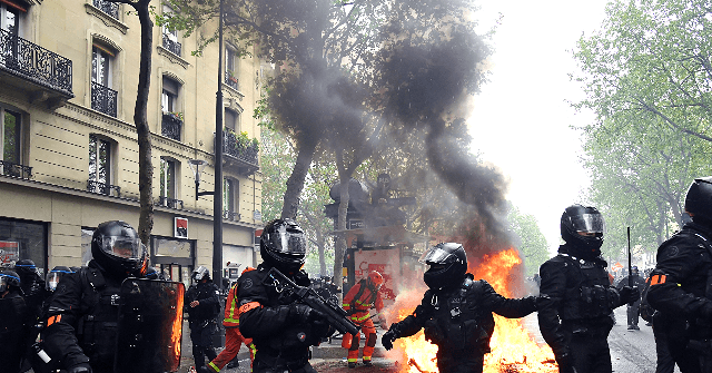 Leftists Stage Annual May Day Riots in Paris