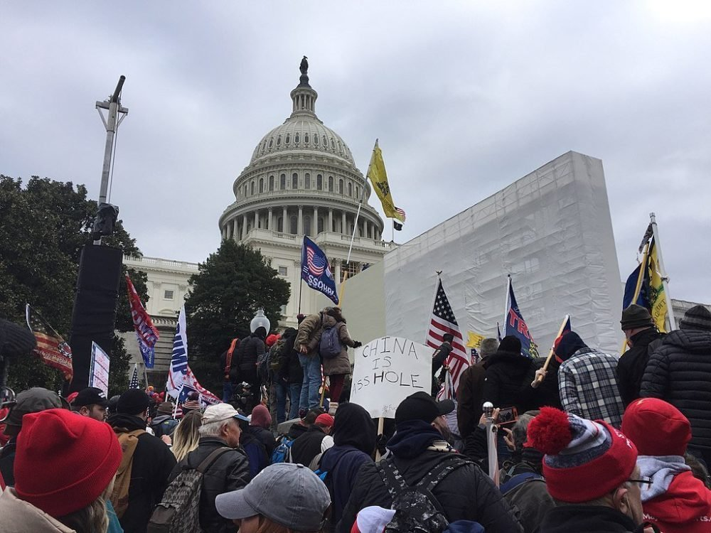 New Video Shows Capitol Police Letting Jan. 6 Rioters Inside — And Ron Johnson Demands Answers