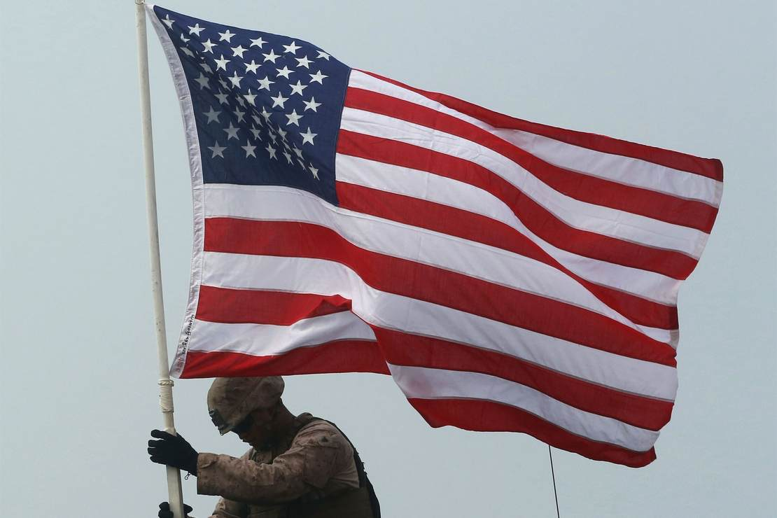 Construction Site Flies Flag for Memorial Day, Loop on the Crane Causes Racism Scare – RedState