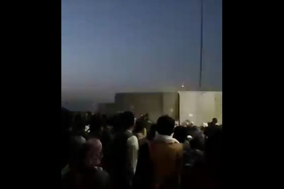Shots Fired in Crowd of People Trying to Flee Taliban at Gate Into Kabul Airport – RedState
