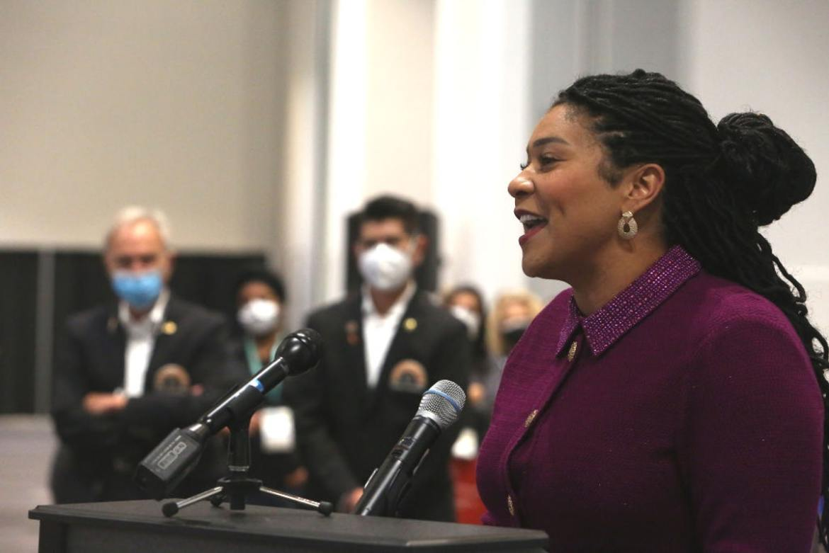 San Francisco Mayor Photographed Indoors Without Mask Despite Mandate, Responds By Denouncing 'Fun Police'