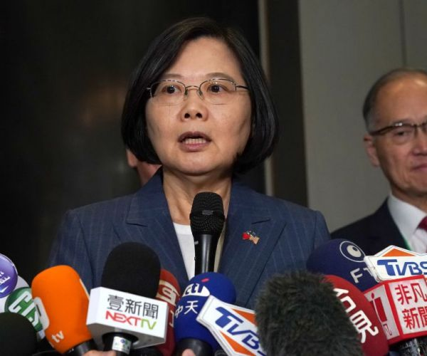 Taiwanese President: We Will Not Bow to Pressure from China's Xi