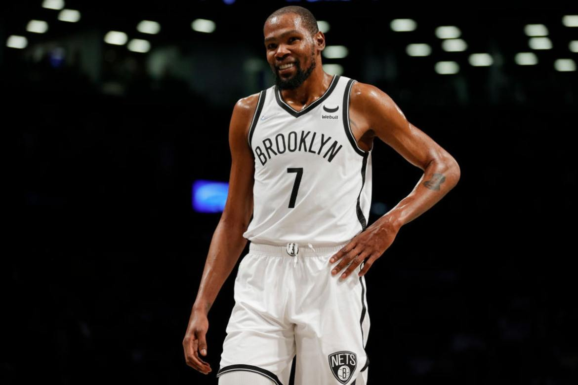 NBA: 'Who Am I To Get Upset At That?': Kevin Durant On Kyrie Irving's Vaccine Decision