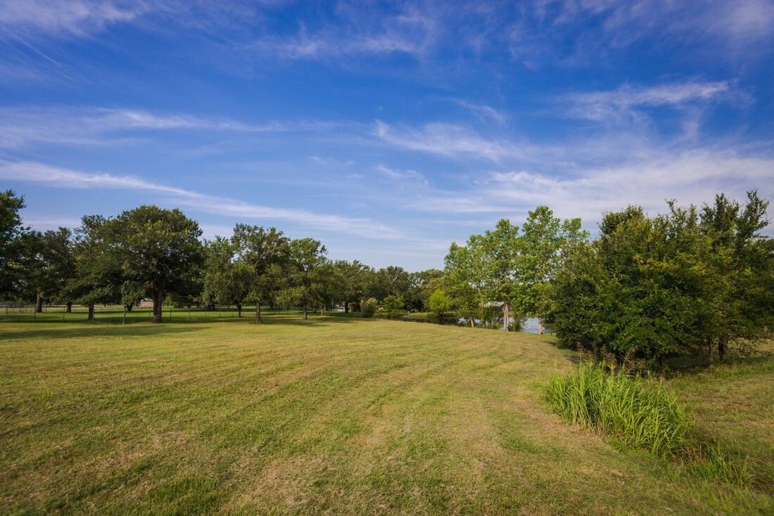 Buck Creek Farm Republic Ranches