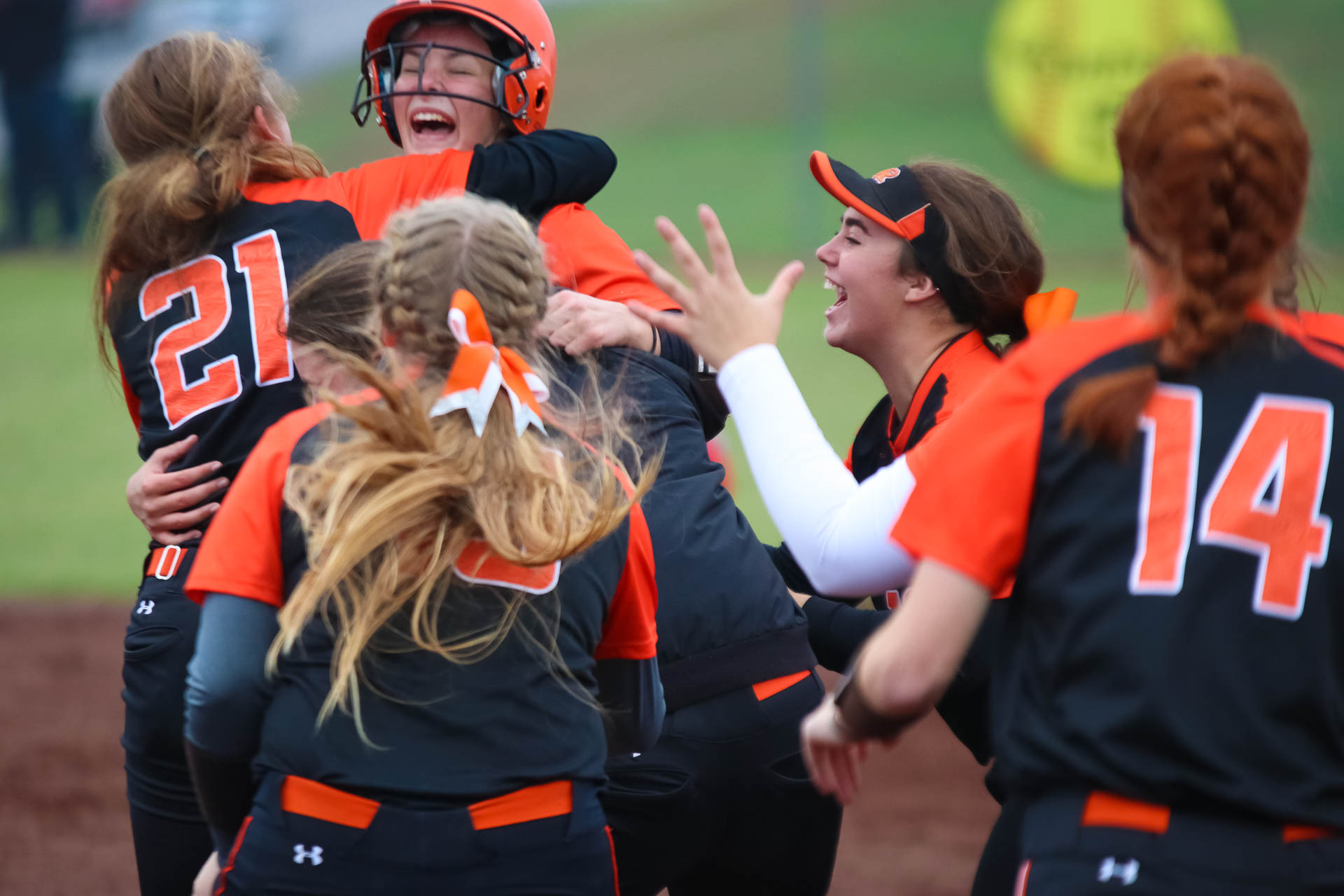 Step Right Up: Lady Tigers Take Turns As Championship Heroes