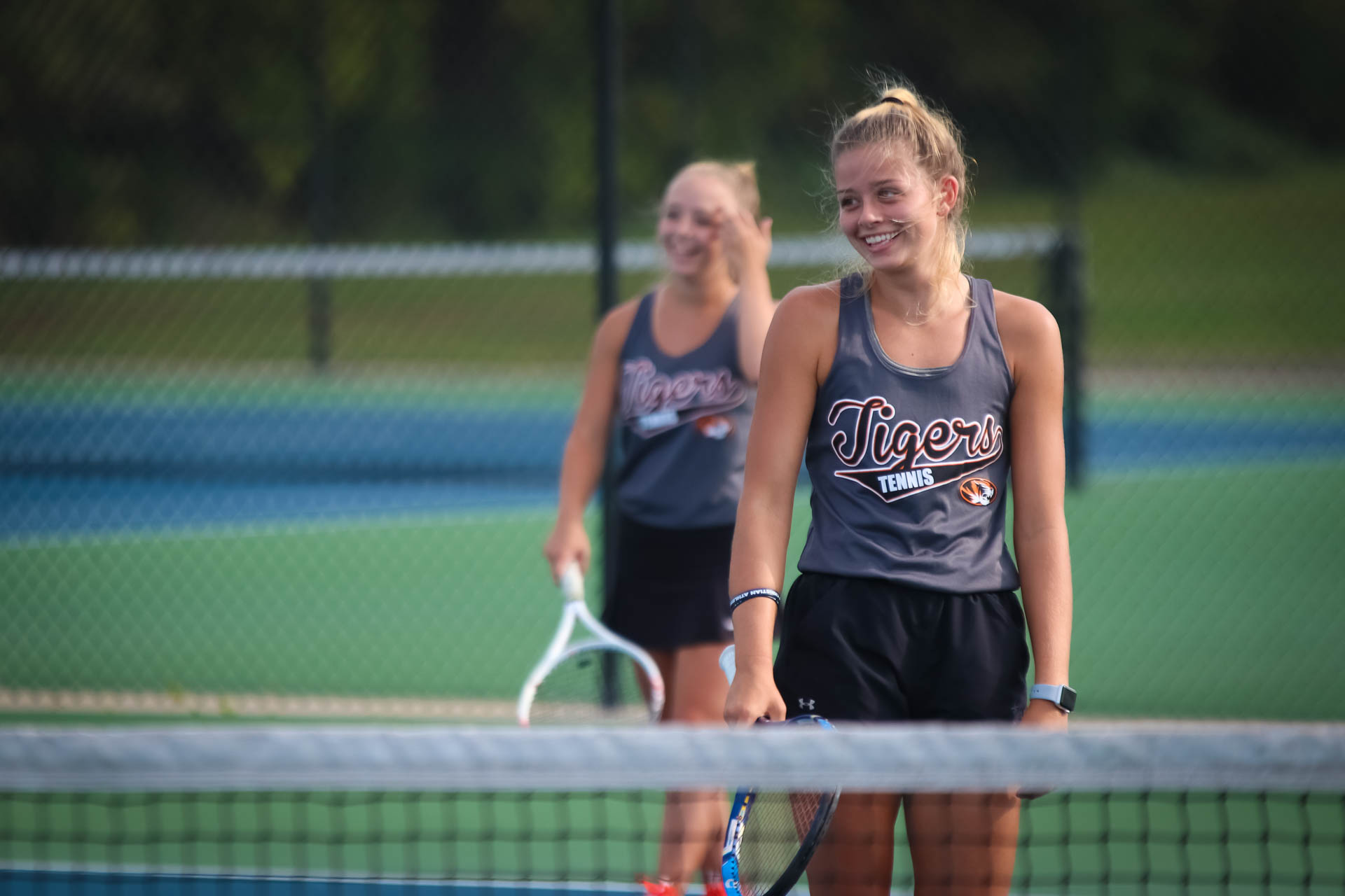 Lady Tigers To Play For District Tennis Title