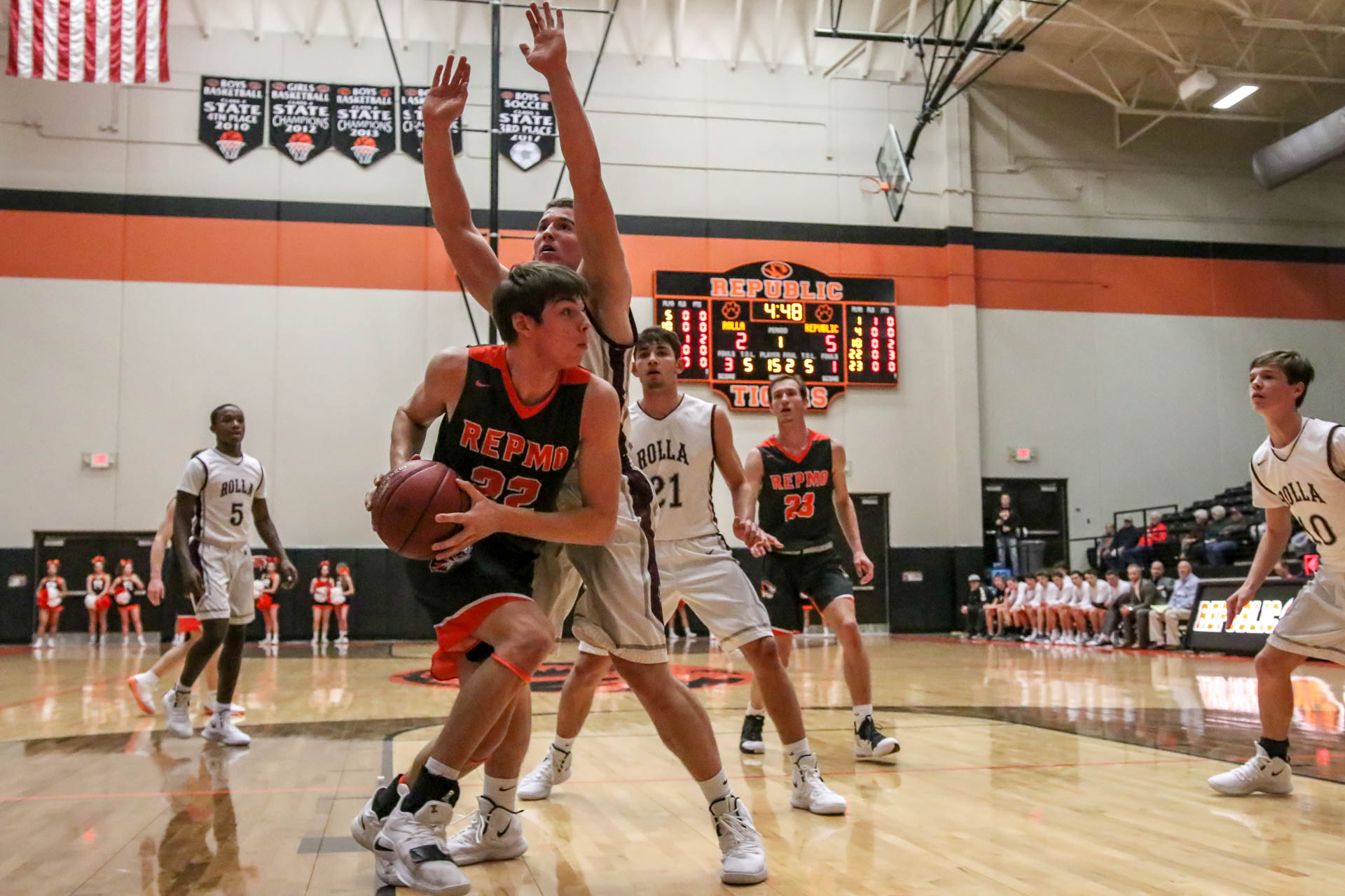 Buhr, Bulldogs Bite Tigers