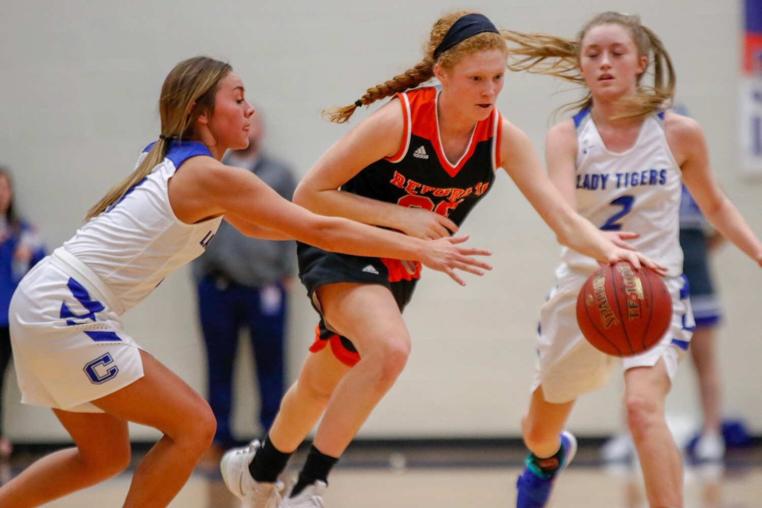 Lady Tigers Jump Out Early To Whip Carthage