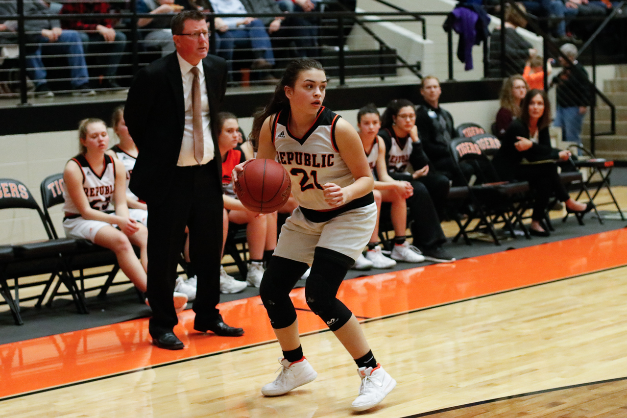 Photos:  Varsity Girls Basketball Vs Willard