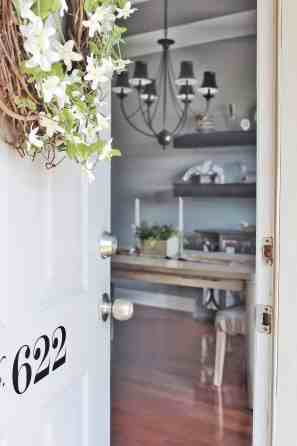 MODERN FARMHOUSE FRONT DOOR DECOR