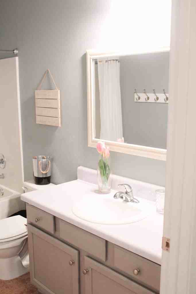 Bathroom Update for under $100 including DIY Faux Marble Countertops