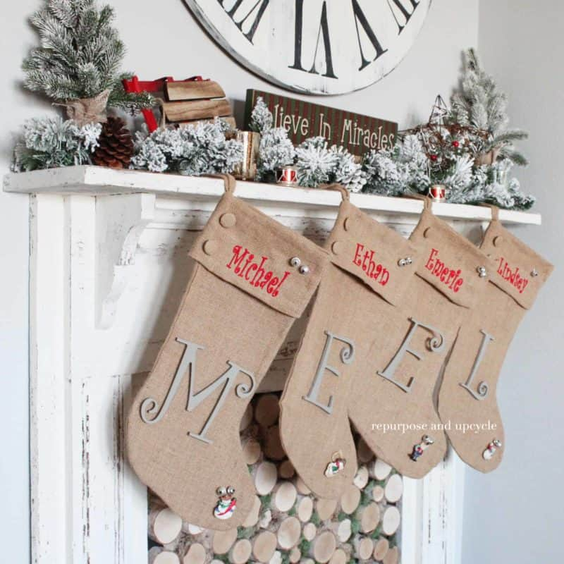 A Vintage Style Christmas Mantel