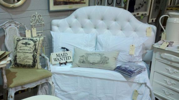 Chic Restorations with Annie Sloan Chalk Paint