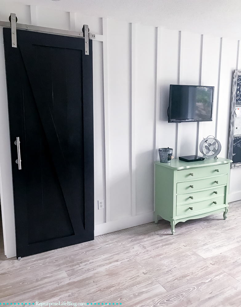 easy how to and hardware for hanging a sliding barn door