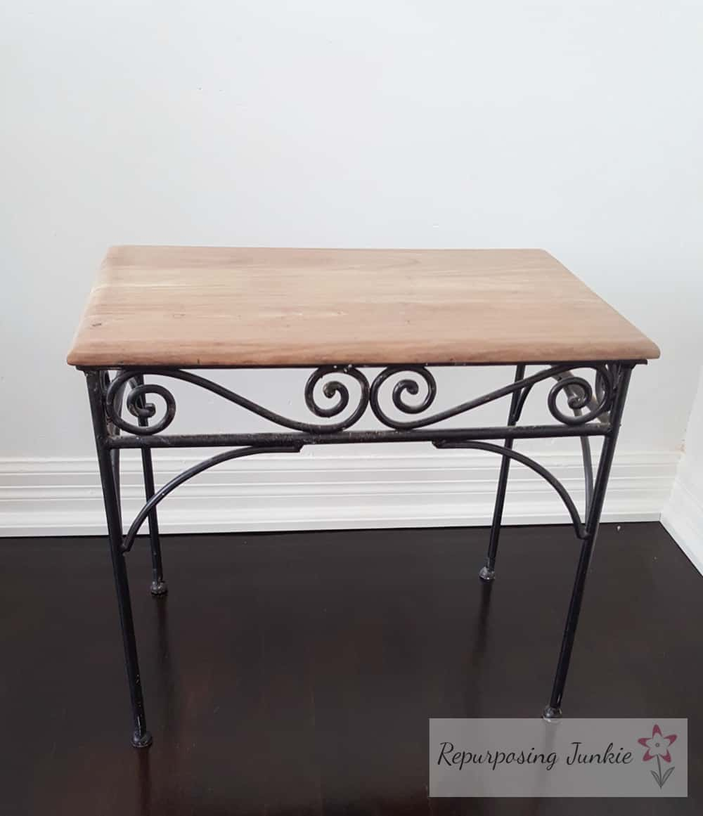 Stenciled and Stained Table, off white flower stencil using latex paint, espresso stain and polyurethane