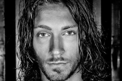 Thomas Maksanty: A Flourishing Modeled Man!