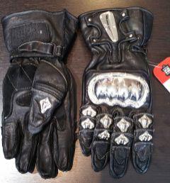schoeller-gloves-2017-eastsidererides-01-web