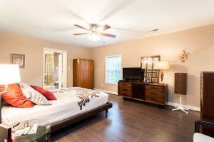 Enormous Master Bedroom With 7x7 Foot Walk-In Closet