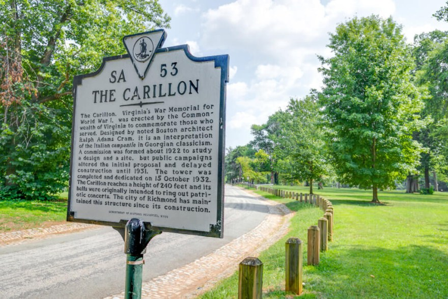 the carillon SA 53 sign