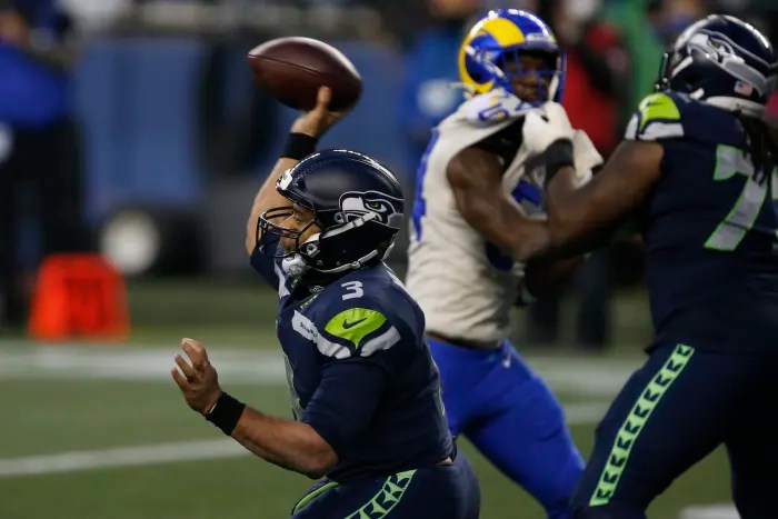Seahawks pass attack descends further