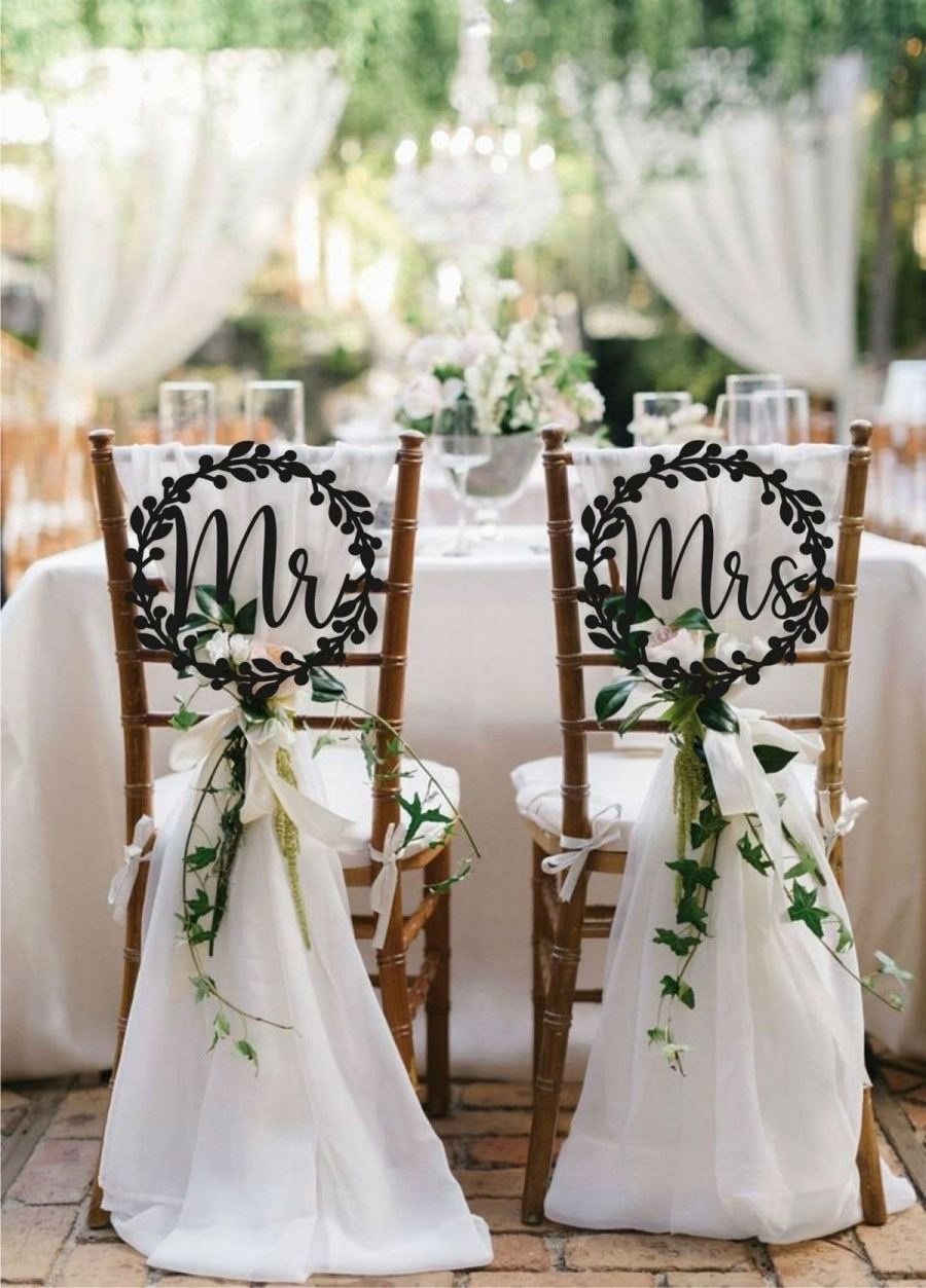 Come your big day, you're obviously going to want that cute shot of you and your new partner sitting at the head table looking all married.