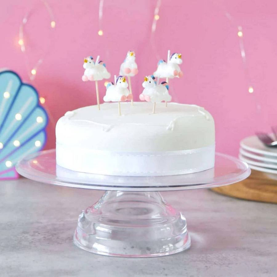 Unicorns, confetti, and everything magical that can fit on a rainbow—unicorns are a hot commodity right now and we've pulled together the coolest unicorn ideas for your little dreamers!