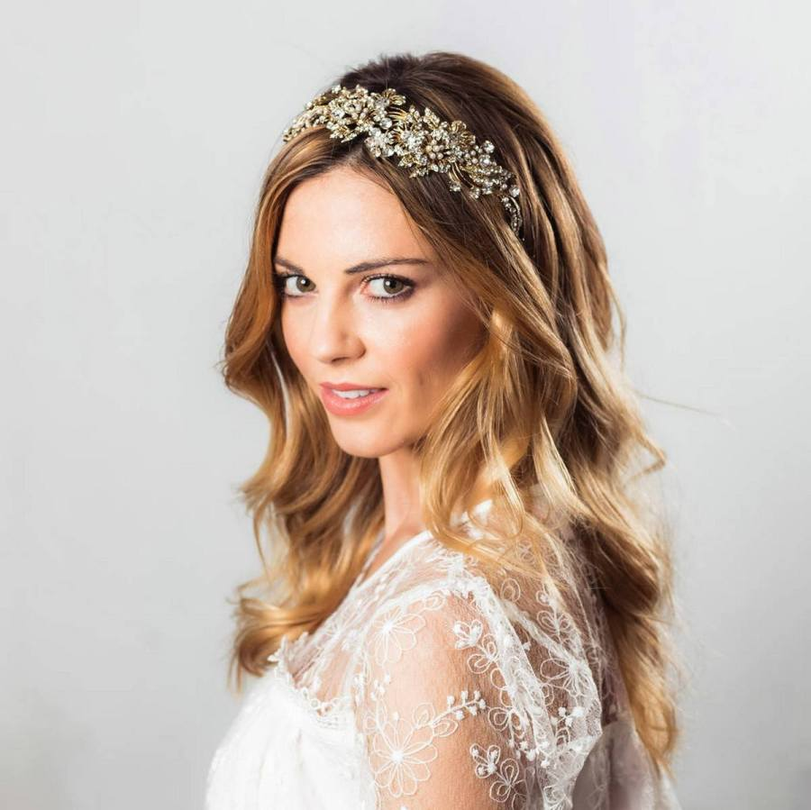 If you are a fashion-forward bride who loves following trends, skip traditional hair and headpieces and go for something ultra-modern and bold.