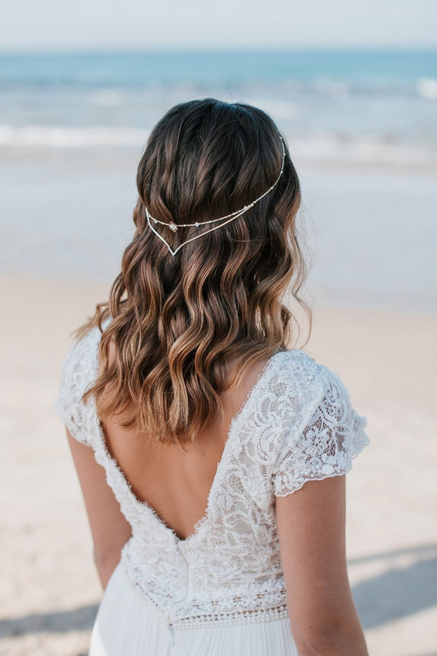 Boho chic is an amazing style for a wedding, it's so relaxing, light, airy – and you look like a forest fairy!