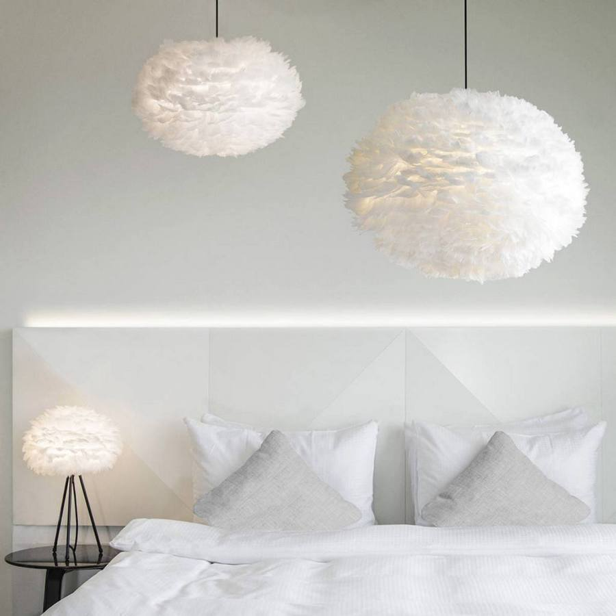 There are minimalistic fixtures for granting a subtle effect, Scandinavian pieces to add grandeur and contemporary LED line lights for a soothing, composed ambiance.