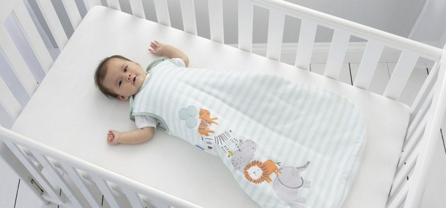 Creating the perfect environment for your baby to drift off to the land of nod can feel like a tough job! A baby sleeping bag is a wearable blanket that will keep your baby a comfortable temperature through the night. You will not need a duvet or blanket and your baby's head will remain safely uncovered.