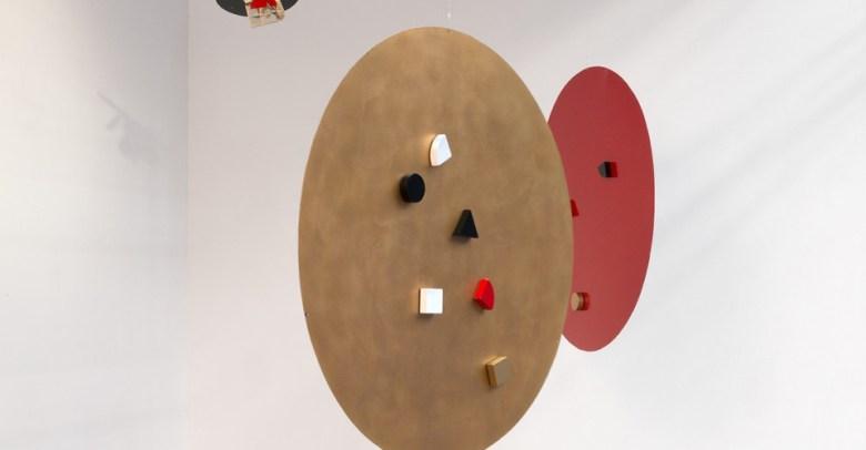 Li Yuan-chia, Points, Paint on metal, magnets, 1980s. Courtesy Richard Saltoun Gallery.