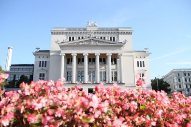 Latvian National Opera c. Daiga Viksna