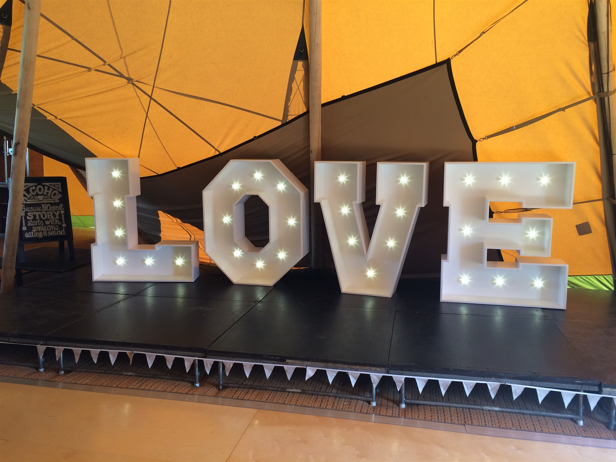 Giant LED Light Up / Illuminated LOVE Letters For Hire In