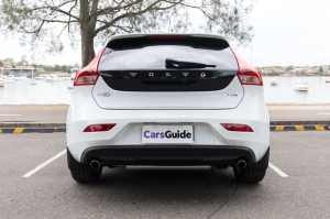Volvo V40 2018 review | CarsGuide