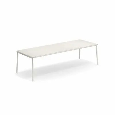 yard rectangular table with aluminium