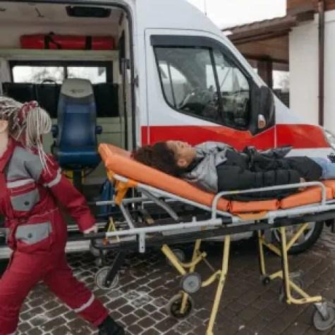 paramedic salary in canada