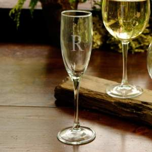 personalized-toasting-glass
