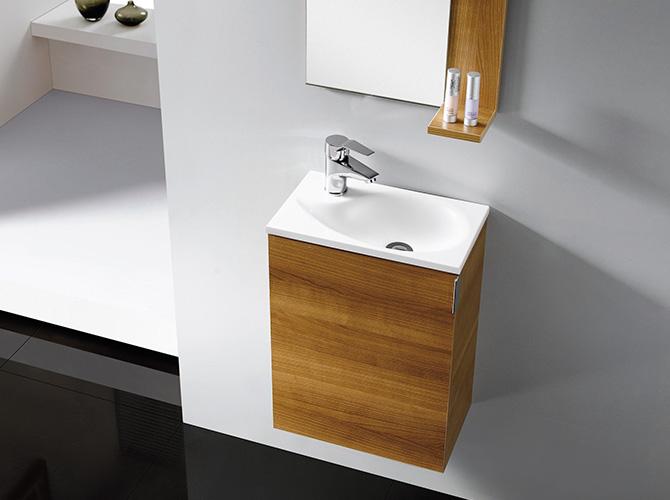 Kleines Waschbecken mit Unterschrank für Gäste WC