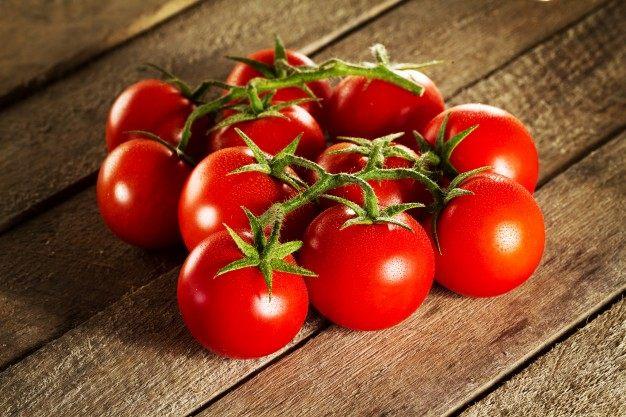 Khasiat Buah Tomat Untuk Kesehatan Wajah